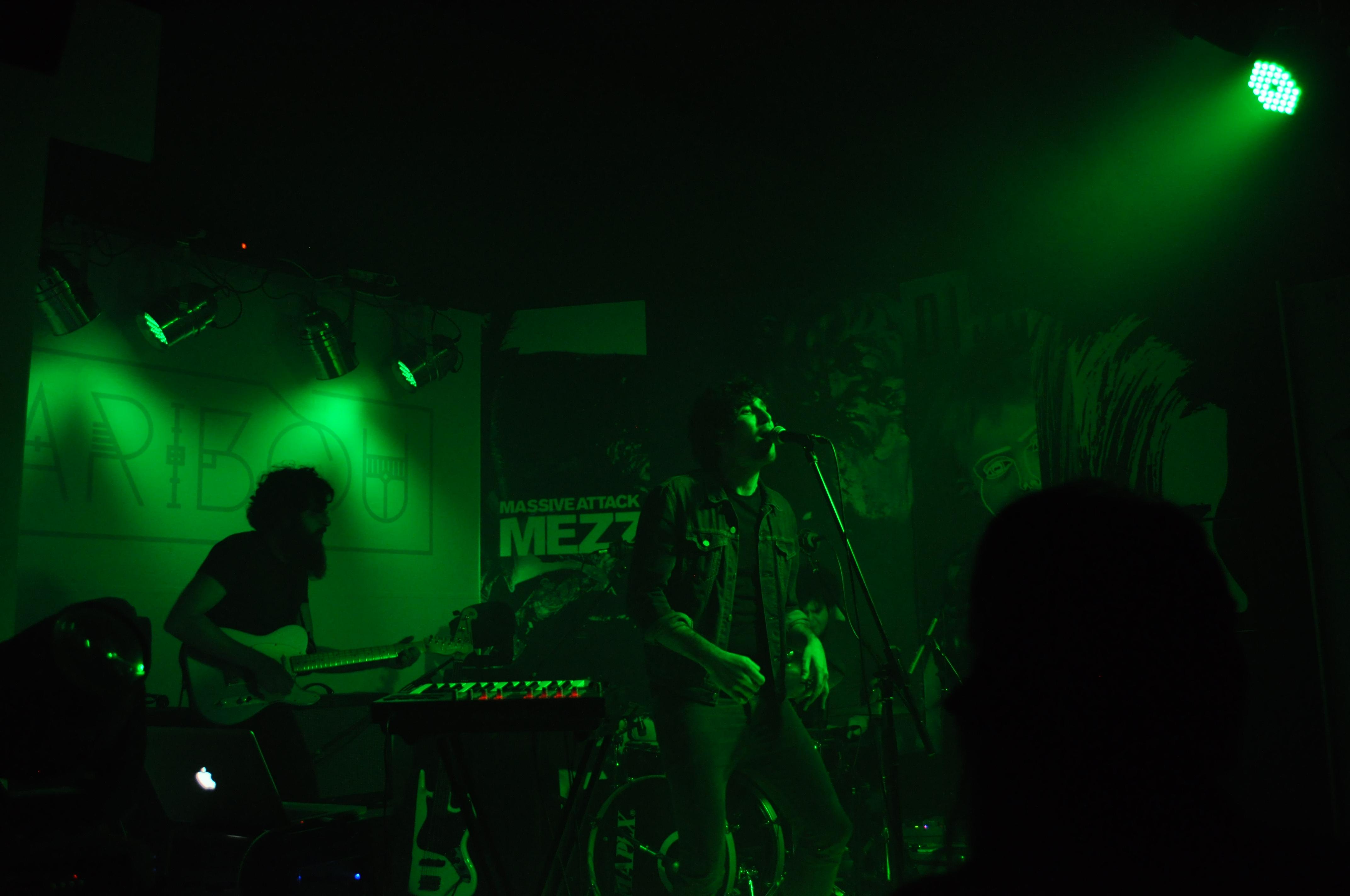 Amatria en directo - Sala Caribou